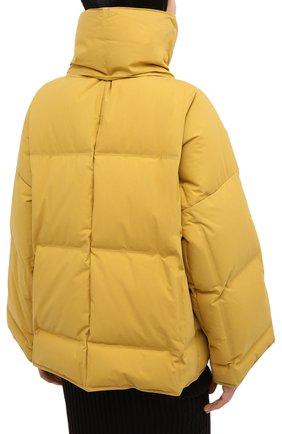 Женский пуховая куртка BOTTEGA VENETA желтого цвета, арт. 632739/VKH50 | Фото 4