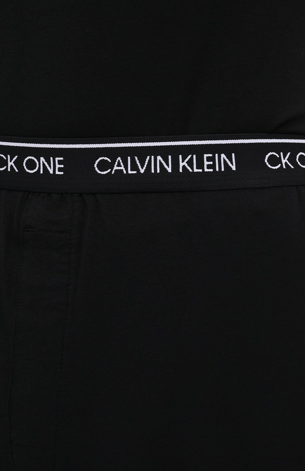 Мужские хлопковые домашние брюки CALVIN KLEIN черного цвета, арт. NM1796E | Фото 5 (Длина (брюки, джинсы): Стандартные; Кросс-КТ: домашняя одежда; Мужское Кросс-КТ: Брюки-белье; Материал внешний: Хлопок)