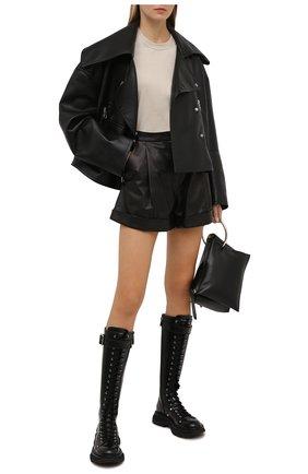 Женские кожаные сапоги ALEXANDER MCQUEEN черного цвета, арт. 595466/WHZ81 | Фото 2