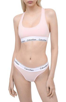 Женские трусы-стринги CALVIN KLEIN розового цвета, арт. F3786E | Фото 2