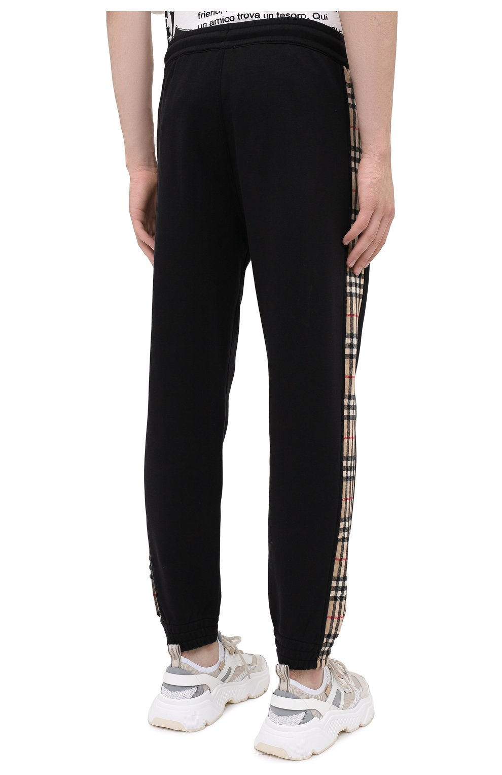 Мужские хлопковые джоггеры BURBERRY черного цвета, арт. 8026273 | Фото 4 (Мужское Кросс-КТ: Брюки-трикотаж; Длина (брюки, джинсы): Стандартные; Материал внешний: Хлопок; Стили: Спорт-шик; Силуэт М (брюки): Джоггеры)