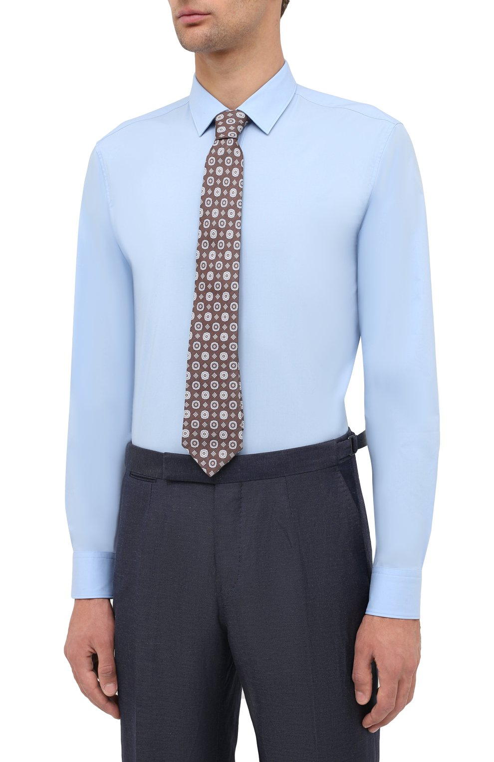 Мужская хлопковая сорочка HUGO голубого цвета, арт. 50425897 | Фото 4 (Воротник: Кент; Рукава: Длинные; Длина (для топов): Стандартные; Материал внешний: Хлопок; Стили: Классический; Случай: Формальный)