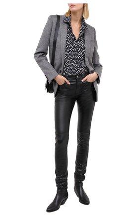 Женская шелковая рубашка SAINT LAURENT синего цвета, арт. 395733/Y3B46 | Фото 2 (Рукава: Длинные; Длина (для топов): Стандартные; Материал внешний: Шелк; Женское Кросс-КТ: Рубашка-одежда; Принт: С принтом)