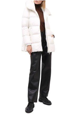 Женский пуховик ADD белого цвета, арт. 2AW330 | Фото 2 (Материал внешний: Синтетический материал; Рукава: Длинные; Материал утеплителя: Пух и перо; Материал подклада: Синтетический материал; Длина (верхняя одежда): До середины бедра; Женское Кросс-КТ: Пуховик-куртка; Кросс-КТ: Пуховик, Куртка)