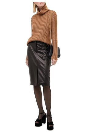 Женская свитер TOM FORD бежевого цвета, арт. MAK1020-YAX261 | Фото 2