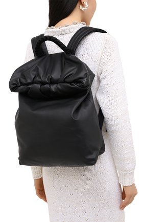 Женский рюкзак pouch BOTTEGA VENETA черного цвета, арт. 629858/VA9V2 | Фото 2