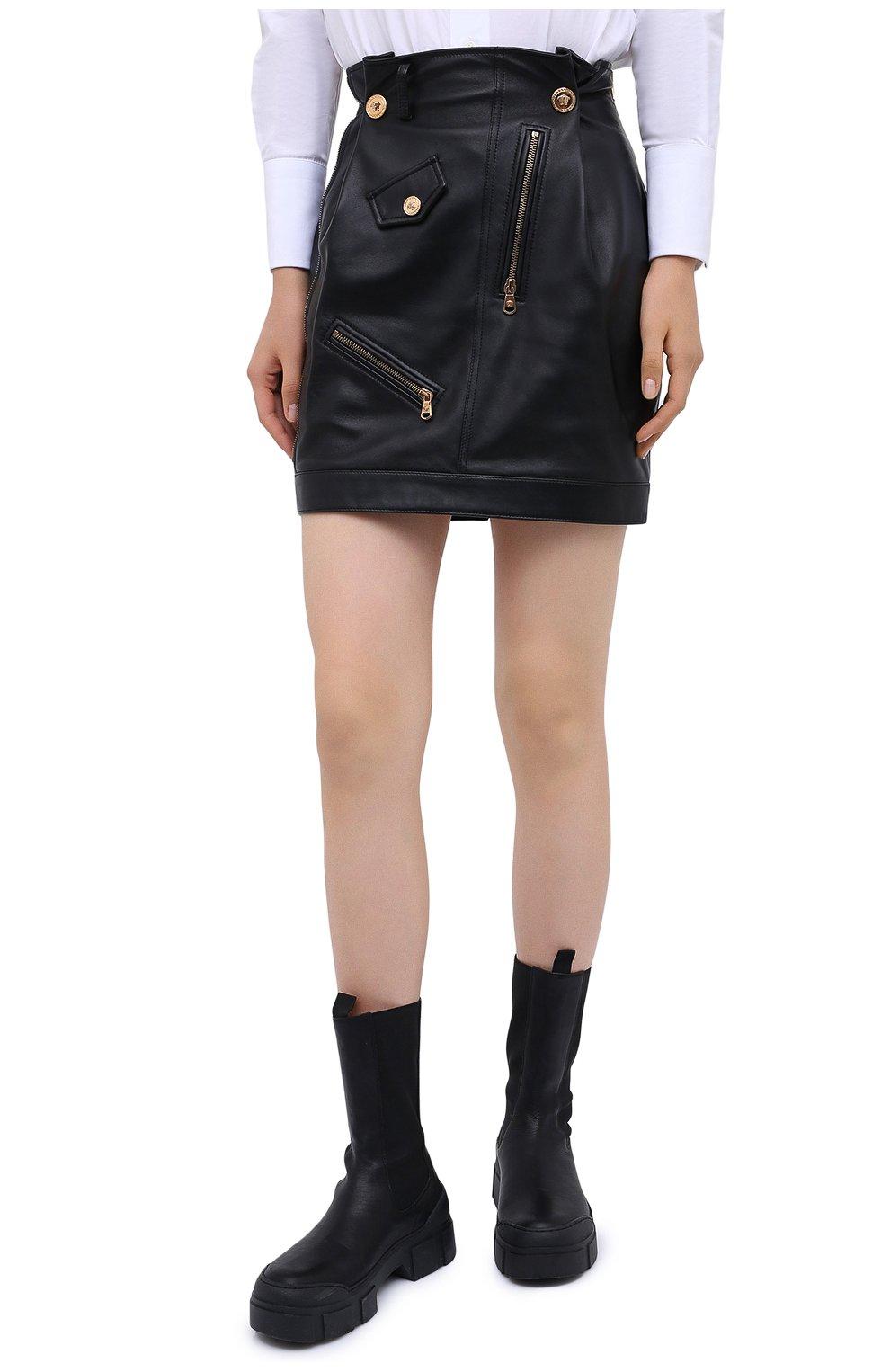 Женская кожаная юбка VERSACE черного цвета, арт. A87443/A210037 | Фото 4