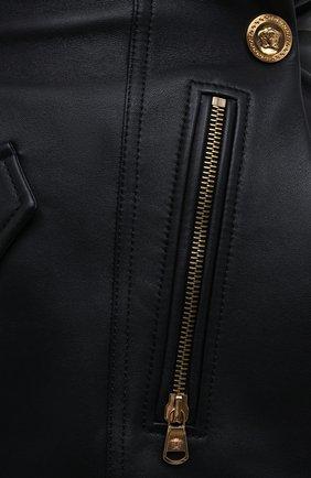 Женская кожаная юбка VERSACE черного цвета, арт. A87443/A210037 | Фото 6