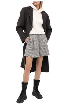 Женские шерстяные шорты KITON серого цвета, арт. D48107K05T24 | Фото 3 (Женское Кросс-КТ: Шорты-одежда; Материал внешний: Шерсть; Длина Ж (юбки, платья, шорты): Мини; Стили: Классический)