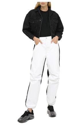 Женские джинсы DENIM X ALEXANDER WANG белого цвета, арт. 4DC2204791   Фото 2