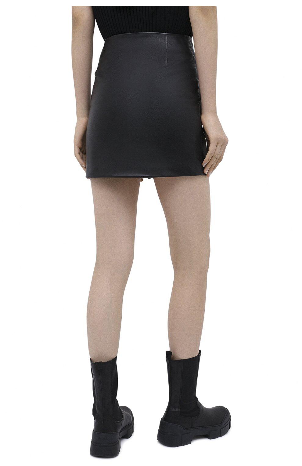 Женская кожаная юбка VERSACE черного цвета, арт. A87222/A234801 | Фото 5