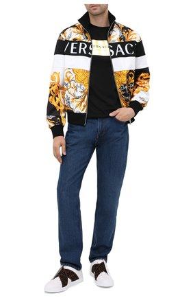 Мужская хлопковая футболка VERSACE черного цвета, арт. A87387/A228806 | Фото 2 (Рукава: Короткие; Материал внешний: Хлопок; Длина (для топов): Стандартные; Мужское Кросс-КТ: Футболка-одежда; Стили: Спорт-шик)