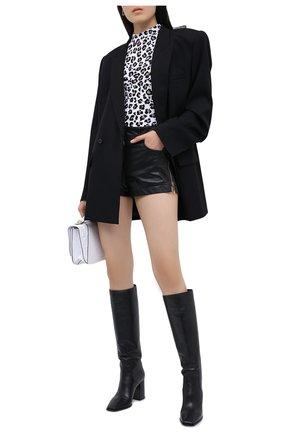 Женские кожаные шорты VERSACE черного цвета, арт. A87223/A234801 | Фото 2