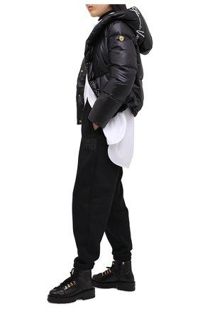 Женские кожаные ботинки VERSACE черного цвета, арт. DST466E/DVTA3 | Фото 2
