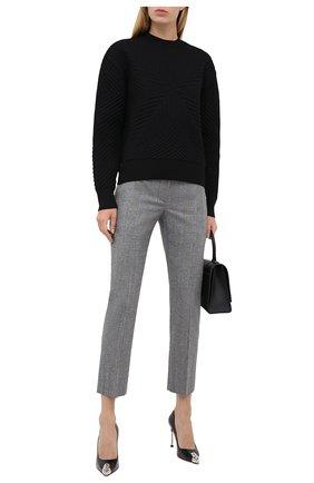 Женские шерстяные брюки ALEXANDER MCQUEEN серого цвета, арт. 631788/QJABH | Фото 2