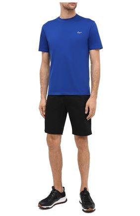 Мужская хлопковая футболка ERMENEGILDO ZEGNA синего цвета, арт. UV526/707R   Фото 2 (Длина (для топов): Стандартные; Материал внешний: Хлопок; Рукава: Короткие; Мужское Кросс-КТ: Футболка-одежда; Принт: Без принта; Стили: Кэжуэл)
