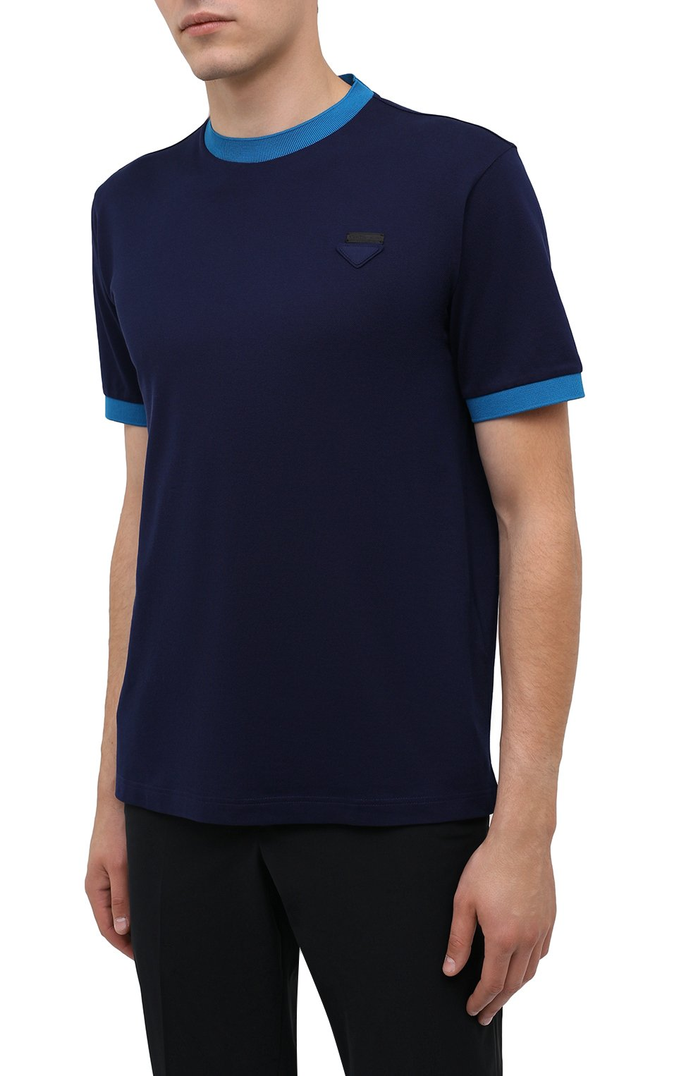 Мужская хлопковая футболка PRADA синего цвета, арт. UJN452-1C61-F0BLX-181   Фото 3 (Принт: Без принта; Рукава: Короткие; Длина (для топов): Стандартные; Материал внешний: Хлопок; Стили: Кэжуэл)