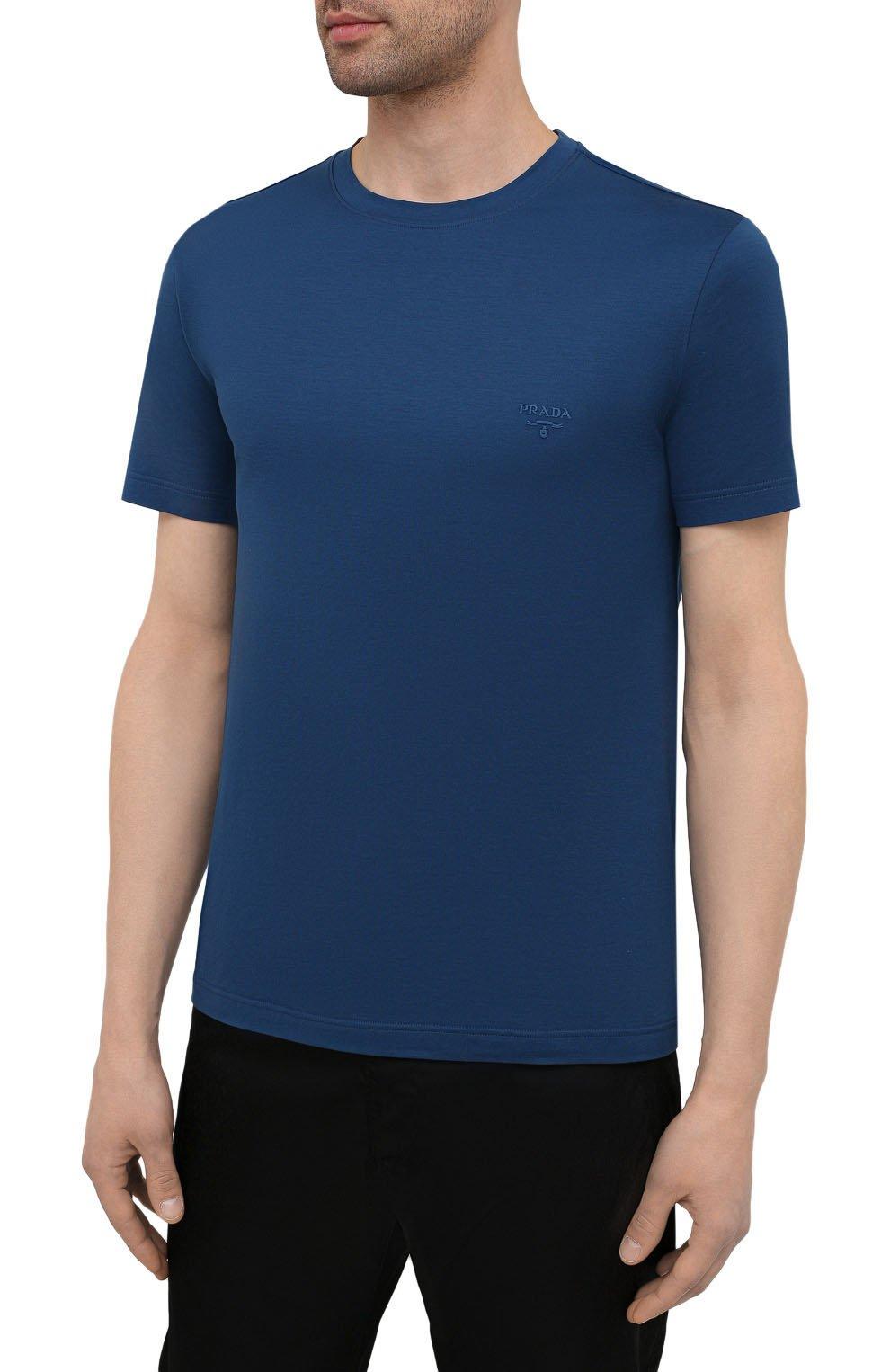 Мужская хлопковая футболка PRADA синего цвета, арт. UJM564-1UOR-F0AFC-092   Фото 3 (Принт: Без принта; Рукава: Короткие; Длина (для топов): Стандартные; Материал внешний: Хлопок; Стили: Кэжуэл)