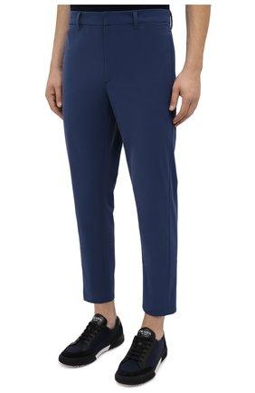Мужские брюки PRADA синего цвета, арт. SPF94-1KJW-F0YNV-191   Фото 3 (Длина (брюки, джинсы): Стандартные; Случай: Повседневный; Материал внешний: Синтетический материал; Стили: Кэжуэл)