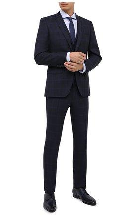 Мужской шерстяной костюм-тройка BOSS темно-синего цвета, арт. 50438573 | Фото 1