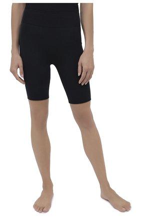 Женские шорты perfect fit WOLFORD черного цвета, арт. 14801 | Фото 2