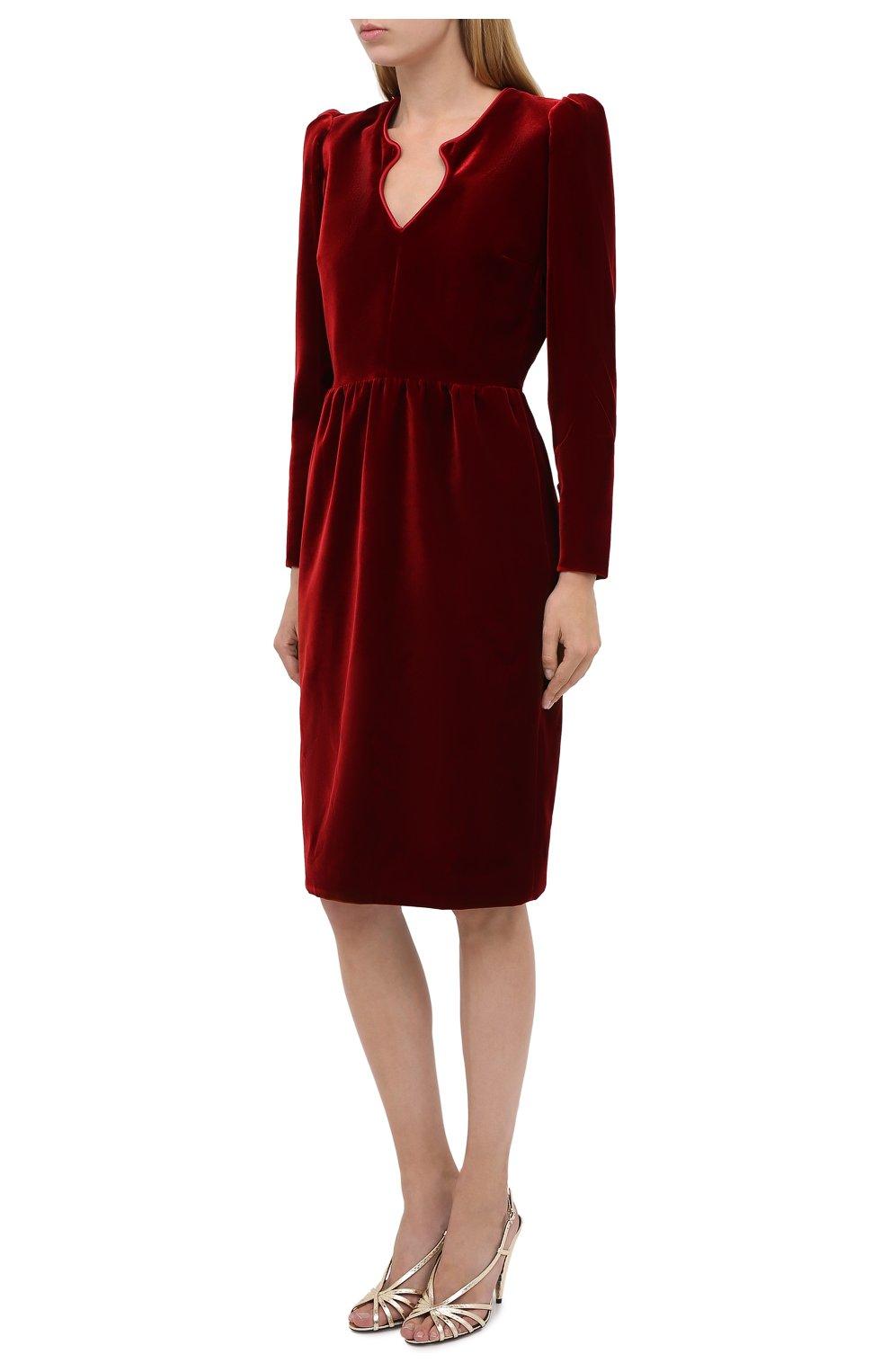 Женское бархатное платье SAINT LAURENT красного цвета, арт. 633528/Y525R   Фото 3 (Случай: Коктейльный; Материал внешний: Купро, Вискоза; Рукава: Длинные; Женское Кросс-КТ: платье-футляр, Платье-одежда; Длина Ж (юбки, платья, шорты): До колена; Материал подклада: Шелк)