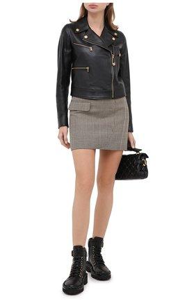 Женская кожаная куртка VERSACE черного цвета, арт. A87221/A234801 | Фото 2