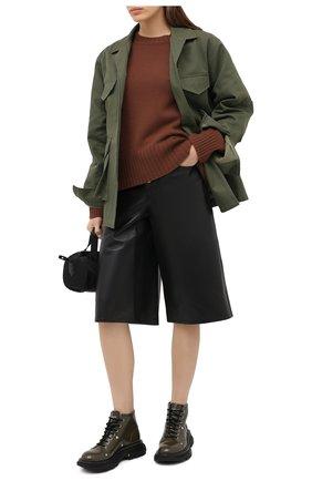 Женские кожаные ботинки ALEXANDER MCQUEEN хаки цвета, арт. 595469/WHQS1 | Фото 2 (Материал внутренний: Натуральная кожа; Материал внешний: Кожа; Подошва: Платформа; Женское Кросс-КТ: Военные ботинки; Каблук высота: Низкий)