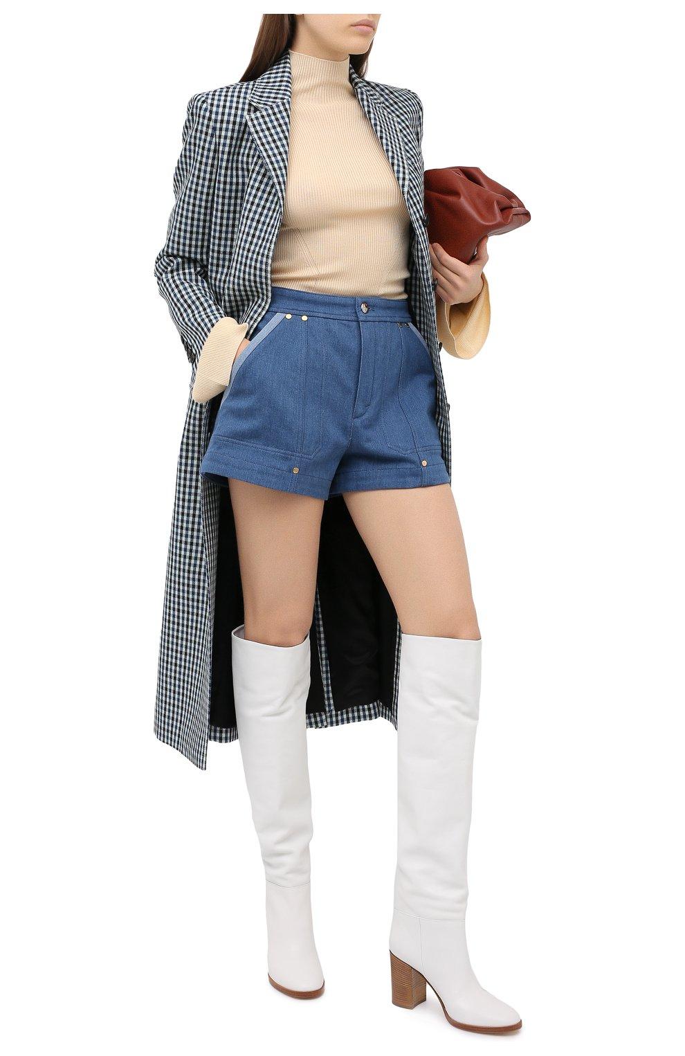 Женские джинсовые шорты CHLOÉ голубого цвета, арт. CHC20ADS05153 | Фото 3 (Женское Кросс-КТ: Шорты-одежда; Кросс-КТ: Деним; Длина Ж (юбки, платья, шорты): Мини; Материал внешний: Хлопок; Стили: Кэжуэл)