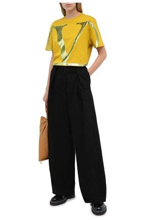 Женская хлопковая футболка VALENTINO желтого цвета, арт. UB3MG09A5UK | Фото 2