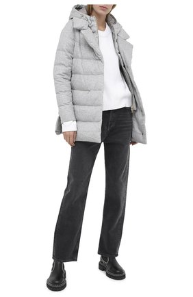 Женская пуховая куртка HERNO серебряного цвета, арт. PI1129D/38087 | Фото 2