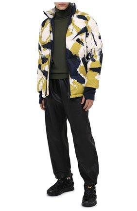 Мужская пуховая куртка KENZO разноцветного цвета, арт. FA650U1281NN | Фото 2
