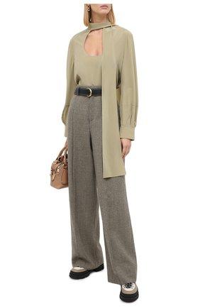 Женские шерстяные брюки CHLOÉ зеленого цвета, арт. CHC20APA48163 | Фото 2