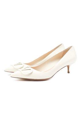 Женская кожаные туфли valentino garavani vlogo VALENTINO белого цвета, арт. UW2S0Q63/TMK | Фото 1