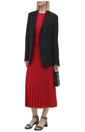 Женские кожаные босоножки round BALENCIAGA черно-белого цвета, арт. 612093/WBAE1 | Фото 2