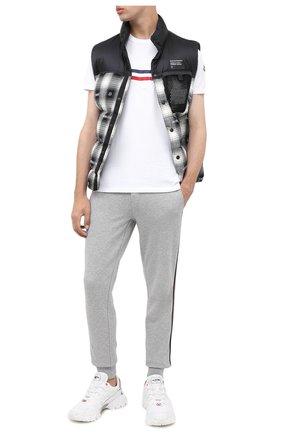 Мужская хлопковая футболка MONCLER белого цвета, арт. F2-091-8C755-10-8390T | Фото 2