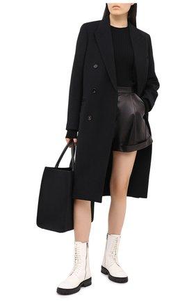 Женские кожаные шорты DROME черного цвета, арт. DPD7013/D400   Фото 2 (Длина Ж (юбки, платья, шорты): Мини; Материал подклада: Вискоза; Материал внешний: Кожа; Женское Кросс-КТ: Шорты-одежда; Стили: Гранж, Кэжуэл)