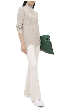 Женский свитер из шерсти и кашемира MANZONI24 кремвого цвета, арт. 20M739-X/38-46 | Фото 2