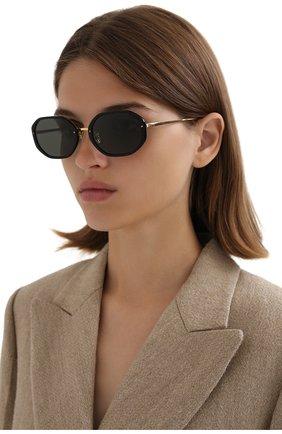 Женские солнцезащитные очки LINDA FARROW черного цвета, арт. LFL1084C1 SUN   Фото 2
