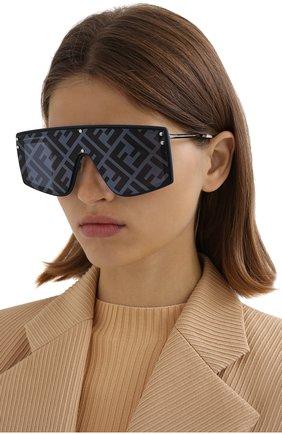 Женские солнцезащитные очки FENDI черного цвета, арт. M0076/G PJP   Фото 2