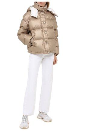 Женская пуховая куртка MONCLER золотого цвета, арт. F2-093-1A571-00-V0124 | Фото 2