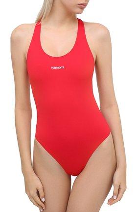Женский слитный купальник VETEMENTS красного цвета, арт. WAH21TR289 1332/RED | Фото 2