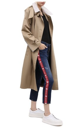Женские джинсы DSQUARED2 синего цвета, арт. S75LB0411/S30309   Фото 2