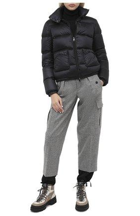 Женский пуховик MONCLER черного цвета, арт. F2-093-1A202-00-C0229 | Фото 2