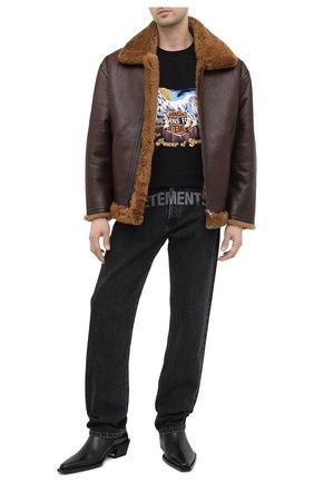 Мужские джинсы VETEMENTS черного цвета, арт. MAH21PA136 2802 | Фото 2