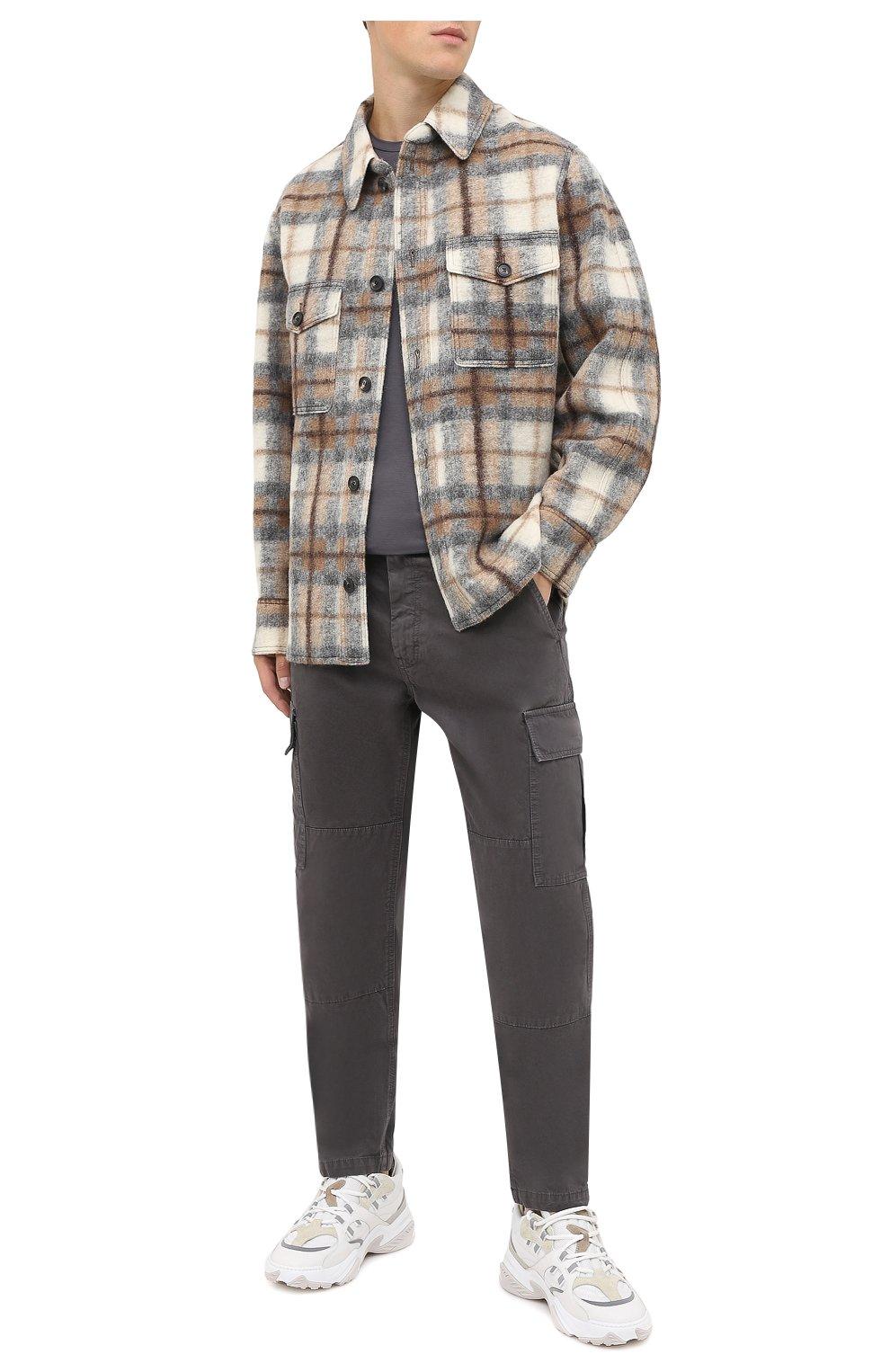 Мужские хлопковые брюки-карго ASPESI серого цвета, арт. W0 A CP31 A263   Фото 2 (Силуэт М (брюки): Карго; Длина (брюки, джинсы): Стандартные; Случай: Повседневный; Материал внешний: Хлопок; Стили: Кэжуэл)