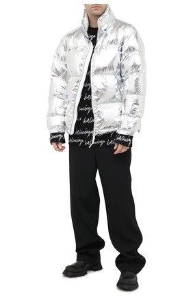 Мужская утепленная куртка VETEMENTS серебряного цвета, арт. UAH21JA924 1303/M | Фото 2