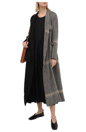 Женское шерстяное пальто UMA WANG черного цвета, арт. A0 M UP8001 | Фото 2 (Рукава: Длинные; Материал подклада: Купро, Вискоза; Материал внешний: Шерсть; Стили: Кэжуэл; Длина (верхняя одежда): Длинные; 1-2-бортные: Двубортные)