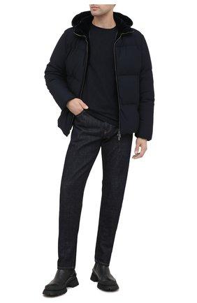 Мужская пуховая куртка GIORGIO ARMANI темно-синего цвета, арт. 0WG0C040/J0008 | Фото 2 (Материал подклада: Синтетический материал; Материал утеплителя: Пух и перо; Длина (верхняя одежда): Короткие; Материал внешний: Синтетический материал; Рукава: Длинные; Мужское Кросс-КТ: Верхняя одежда, Пуховик-верхняя одежда, пуховик-короткий; Стили: Кэжуэл; Кросс-КТ: Пуховик, Куртка)