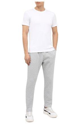Мужская хлопковая футболка TOM FORD белого цвета, арт. T4M081040 | Фото 2 (Материал внешний: Хлопок; Длина (для топов): Стандартные; Рукава: Короткие; Мужское Кросс-КТ: Футболка-белье; Кросс-КТ: домашняя одежда)
